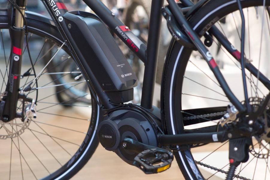 Pegasus E-Bike in Schwarz im Geschäft