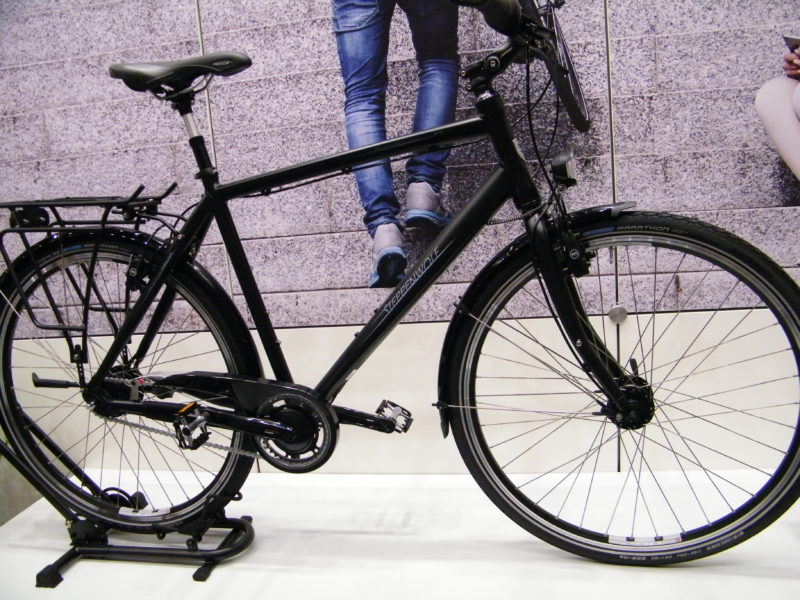 Steppenwolf Urbanrad in schwarz auf der ZEG Bike Show