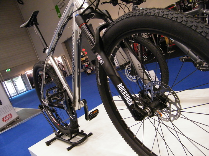 Steppenwolf Mountainbike in Silber aif der Köln Messe Zeg Bike Show